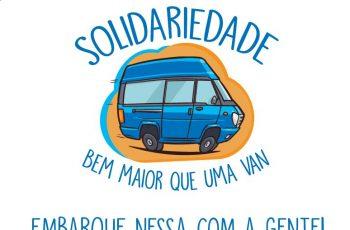 Ilustração de uma van azul, com o texto Solidariedade bem maior que uma van Embarque nessa com a gente